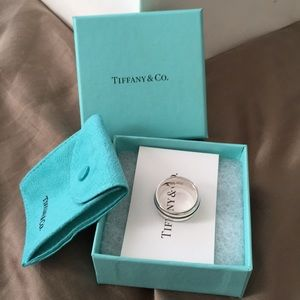 T&Co silver ring.